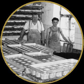 Geschichte - Camembert Produktion in der alten Käsrei